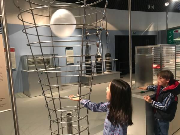 Museo de Ciencias, tocar para aprender