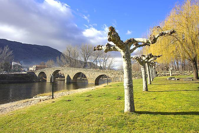 El serrano pueblo de Navaluenga, un gran destino en Ávila