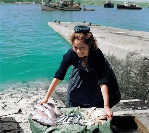 Tradicional pescadera en Nazaré, en Portugal
