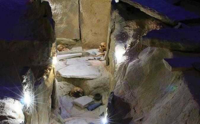 La Necrópolis de Corominas, en Estepona