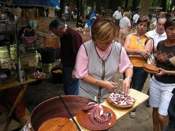 Fiesta del Pulpo en O Carballiño, Galicia