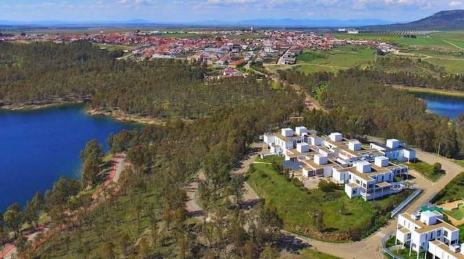 Orellana La Vieja, un pueblo de Badajoz con playa