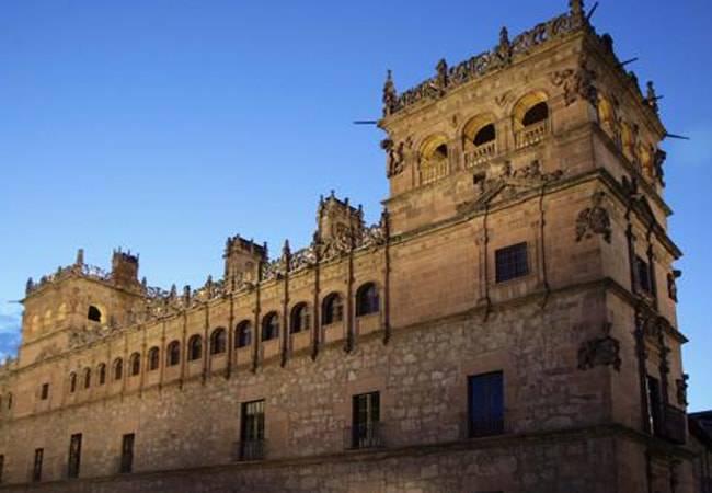 Visita al Palacio de Monterrey en Salamanca