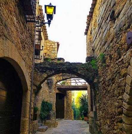 La villa medieval de Pals, en Girona