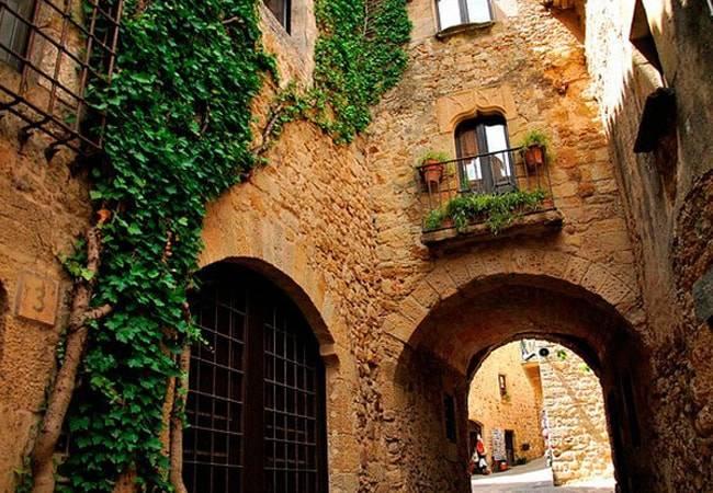 Pals: el encanto de un pueblo medieval en Girona