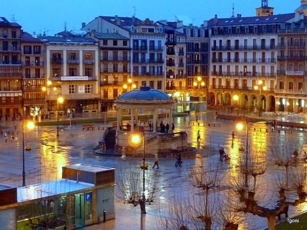 Descubre la ciudad de Pamplona en un día