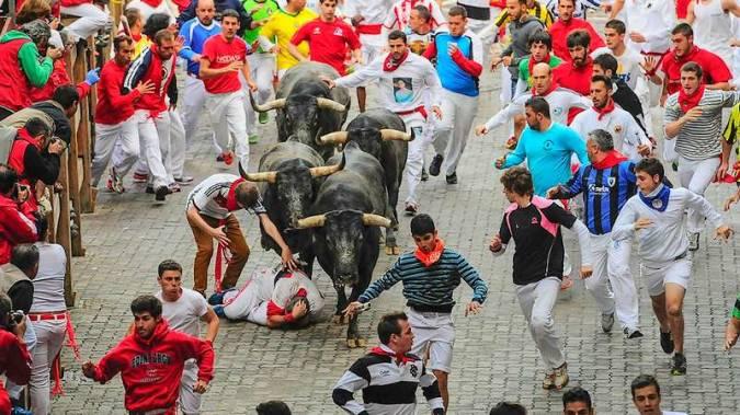 Encierro en los Sanfermines de Pamplona