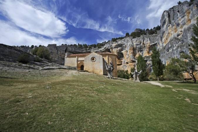 Ermita de San Bartolomé, en el Cañón del Río Lobos, Soria
