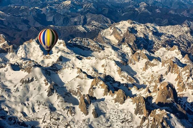 Paseo en globo por los picos de Europa