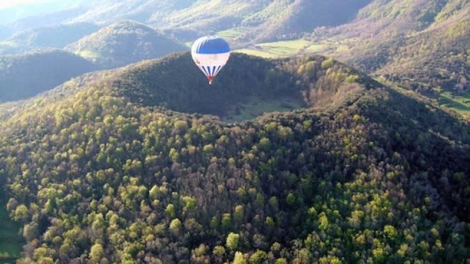 Paseo en globo por el Parque Natural de la Zona Volcánica de Garrotxa