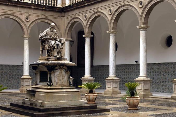 El Colegio del Patriarca, un imprescindible en Valencia