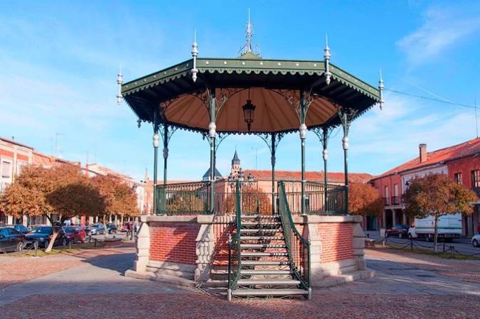 Peñaranda de Bracamonte y sus tres plazas