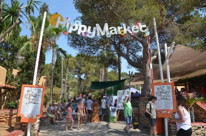 Mercadillo Hippy de Punta Arabí, en Es Caná