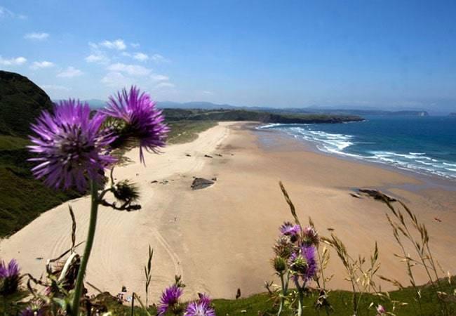 La maravillosa playa de Xagó en Asturias