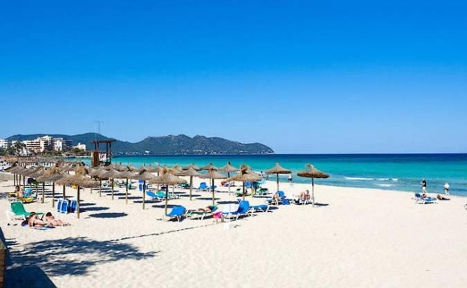 Playa de Sa Coma, en Cala Millor, Mallorca