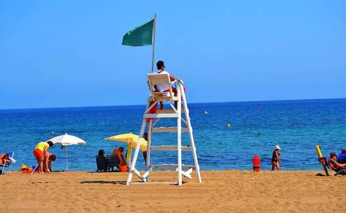 Playa Els Molins, en Denia