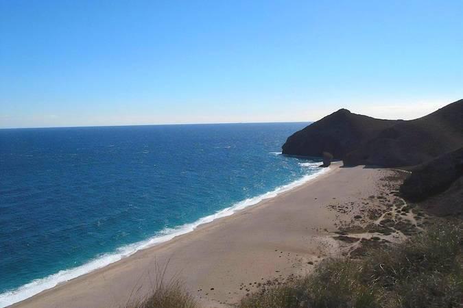 Playa de los Muertos, en Almería