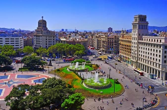 La emblemática Plaza de Catalunya, en Barcelona