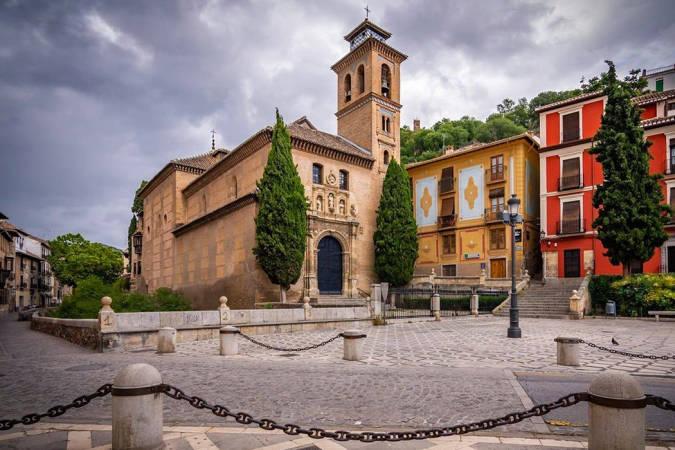 Las plazas más bellas de Granada