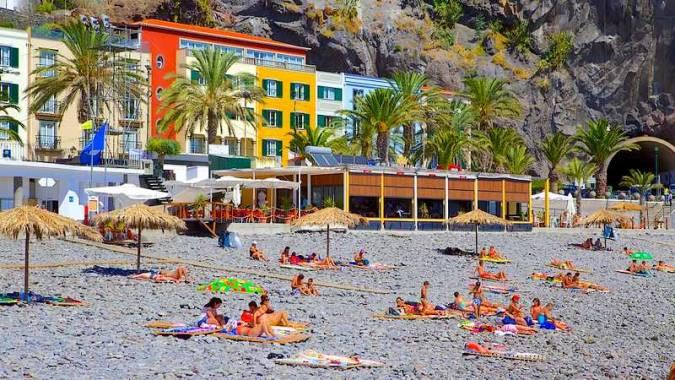 Playa de Ponta do Sol, en Madeira