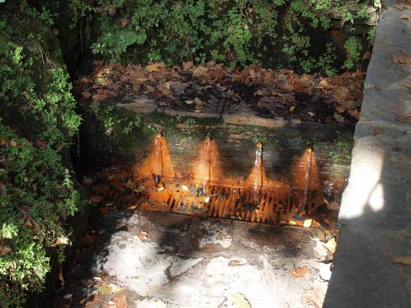 Caños de la Fuente Agria de Pórtugos, en Granada