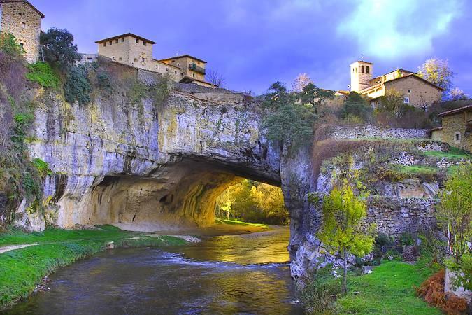 El bello pueblo burgalés de Puentedey