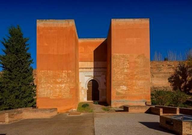 La Alhambra abre en junio la Puerta de los Siete Suelos