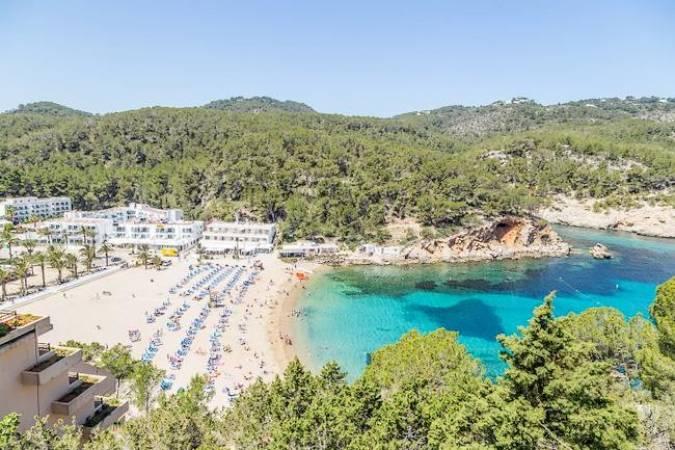 Destinos de playa en Ibiza: Puerto de San Miguel