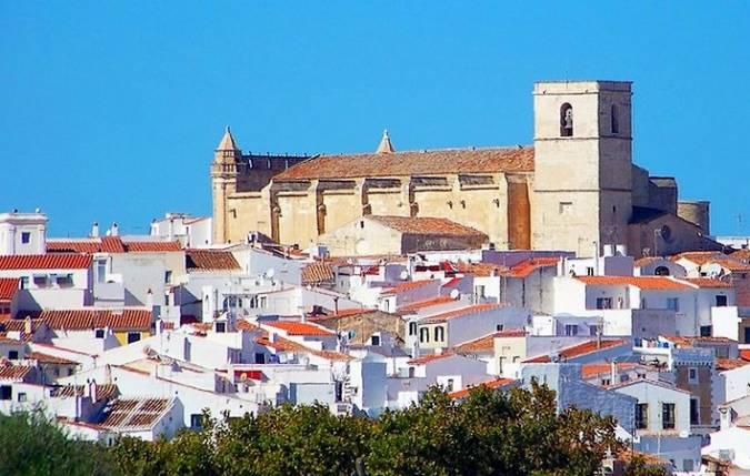 Alaior, paraíso natural y cultural en Menorca