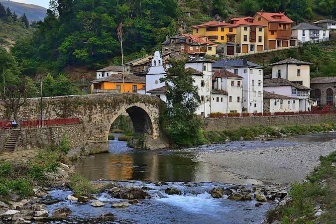 Cangas del Narcea, en el corazón de Asturias