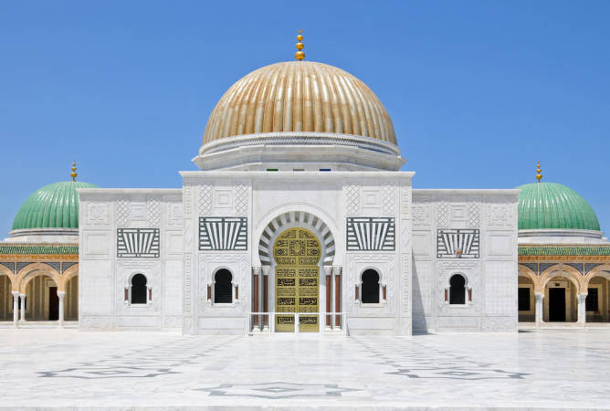Mausoleo Bourguiba, en Monastir, Túnez