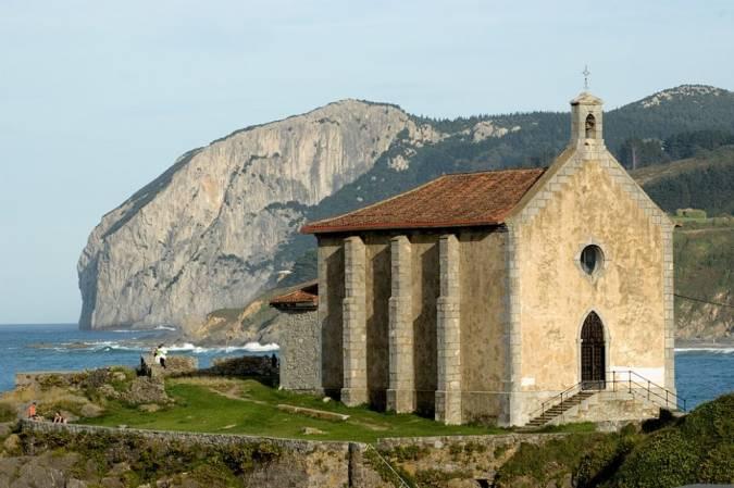 Ermita de Santa Catalina, en Mundaka, Vizcaya
