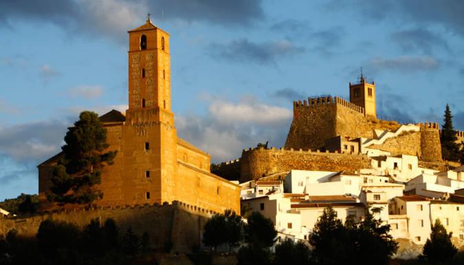 Iglesia y castillo de Serón, en Almería