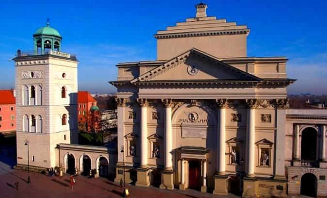 Iglesia de Santa Ana, en Varsovia