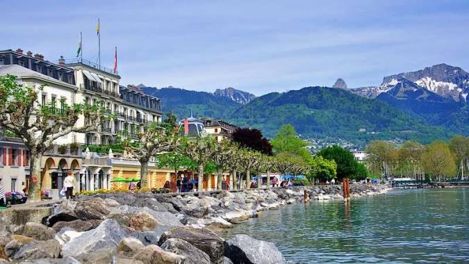 Paseo ribereño de Vevey, en Suiza