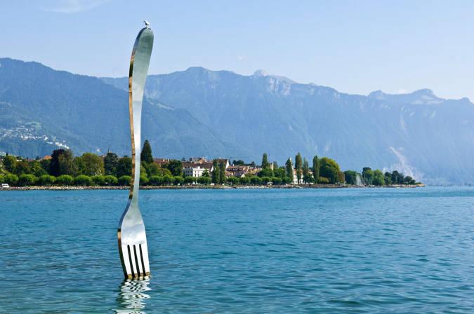 El Tenedor gigante de Vevey, en Suiza
