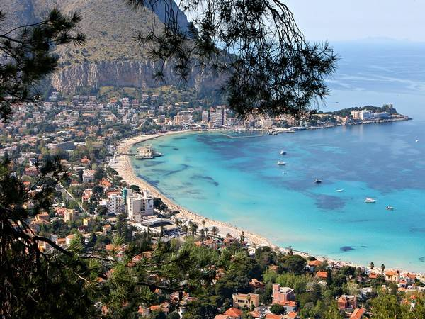 Residence Azzolini, un encantador y económico hotel en Palermo