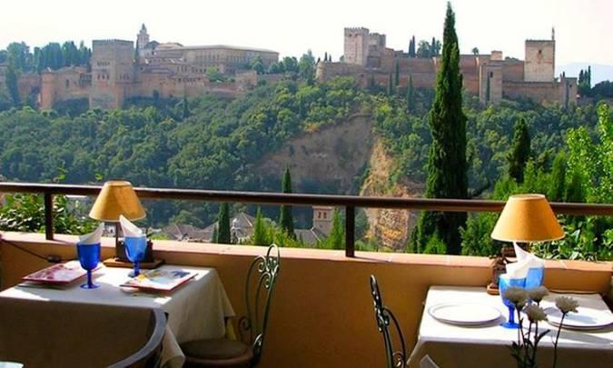 Cinco restaurantes con vistas a la Alhambra de Granada
