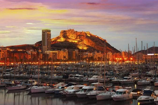 Novelas para viajar a Alicante