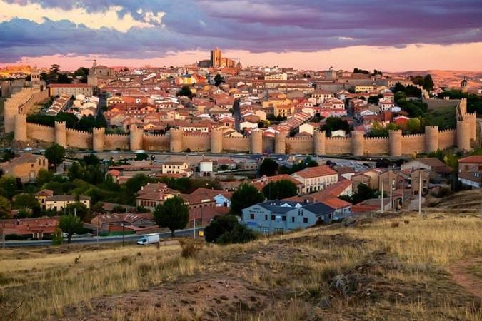 Novelas para viajar a Ávila