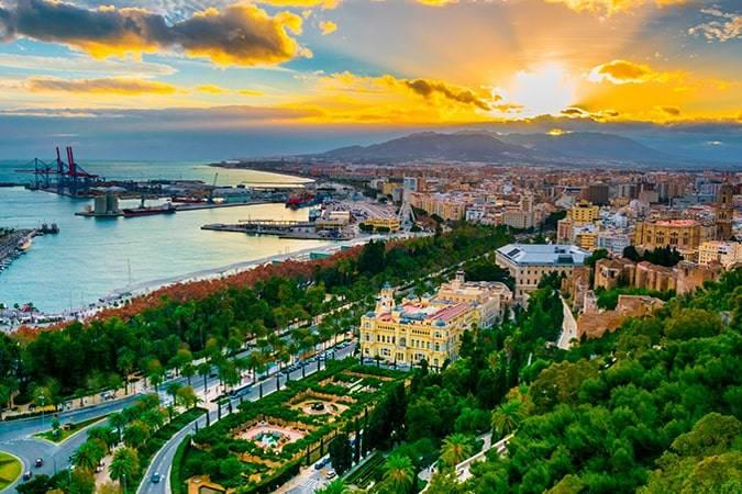Novelas para viajar a Málaga