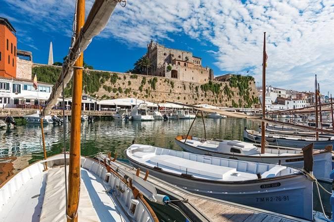 Novelas para viajar a Menorca