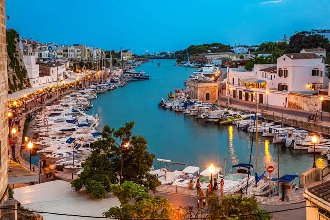 Menorca como destino literario