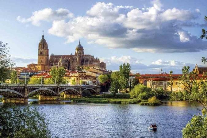 Las mejores novelas para viajar a Salamanca