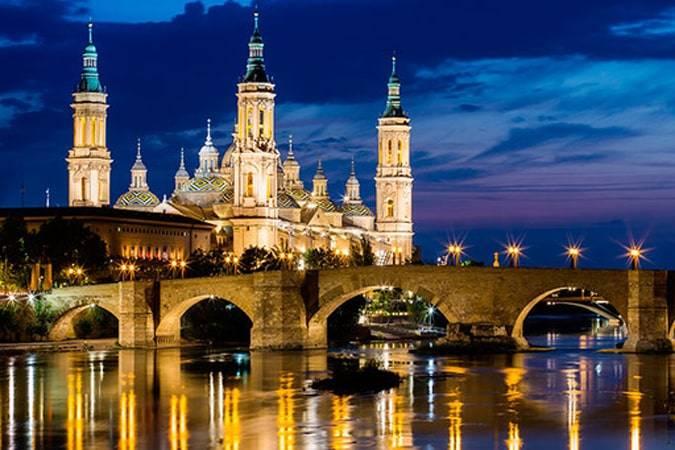 Rutas literarias por Zaragoza