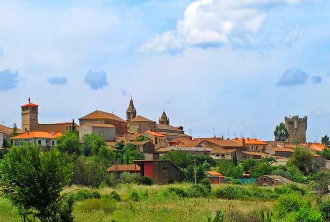 San Felices de los Gallegos, buen destino en Salamanca