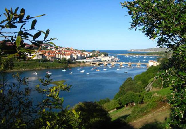 San Vicente de la Barquera, una villa marinera en Cantabria