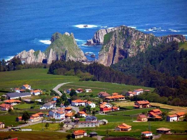 Santa Marina, buen destino costero en Asturias