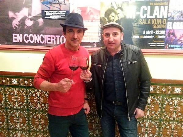 Los hermanos Arranz en el Santana Bar, en Segovia