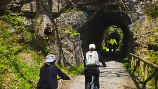 Senda del oso, vía verde en Asturias